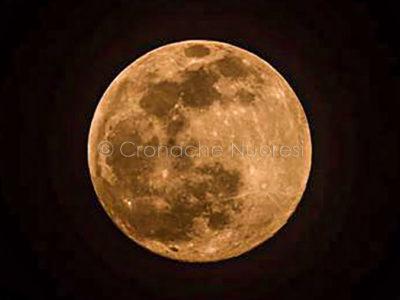 La prima Suoer Luna del 2020 (foto Elia Carai)