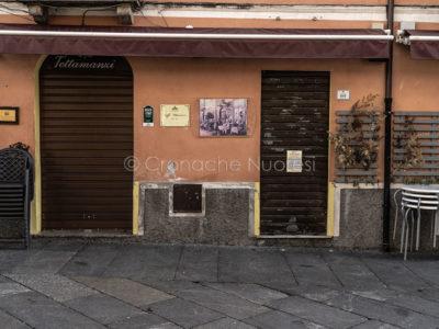Coronavirus. A Nuoro iniziano a chiudere le attività commerciali (foto S.Novellu)