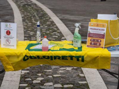Emergenza Coronavirus, mercatino Coldiretti (© foto S.Novellu)