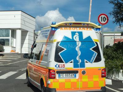 Nuoro. Un'ambulanza al pronto soccorso del San Francesco (foto S.Novellu)