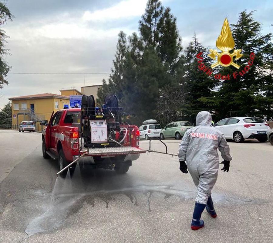 Intervento di sanificazione vie a Lanusei