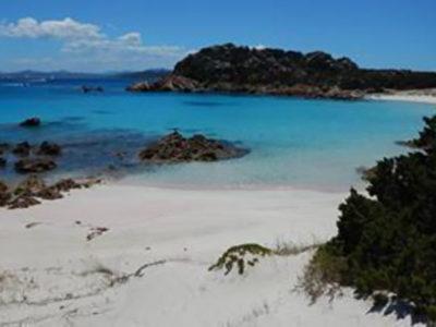 La spiaggia rosa di Budelli