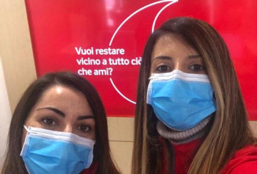Lo staff Vodafone Go Next degli Store di Nuoro e Cagliari