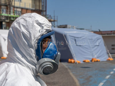Personale anti-Covid 19 al San Francesco di Nuoro (© Foto S.Novellu)