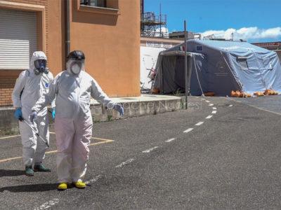 Emergenza Coronavirus all'ospedale San Francesco di Nuoro (foto S.Novellu)