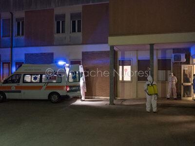 Il pronto soccorso Covid-19 del San Francesco di Nuoro (© foto S.Novellu)