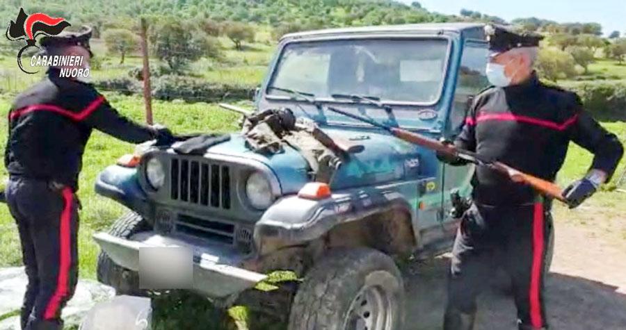 Le armi clandestine rinvenute dai Carabinieri