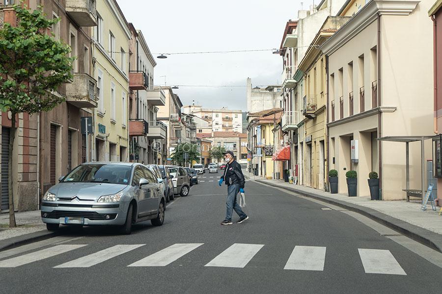 Macomer, negozio chiusi al Corso (foto S.Novellu)