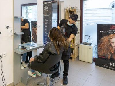 Nuoro, riaperture in Fase 3, parrucchiere (foto S.Meloni)