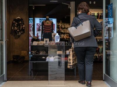 Nuoro, lo shopping nella Fase 2 (foto S.Novellu)