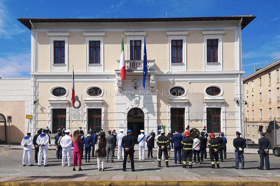 Celebrazioni del 2 giugno in piazza Vittorio Emanuele