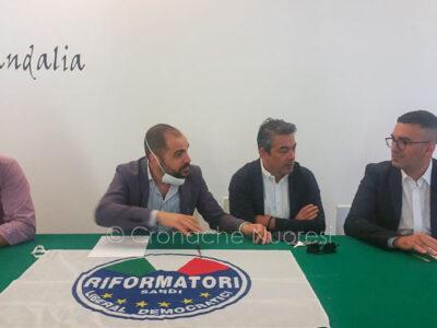 L'incontro per la discesa in campo di Paolo Fadda con i Riformatori (foto S.Meloni)