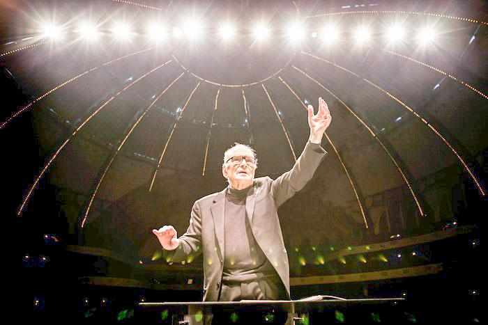 """Muore a 92 anni Ennio Morricone """"la colonna sonora del cinema mondiale"""""""