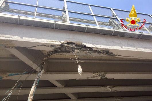 Il ponte danneggiato nell'area di Prato Sardo