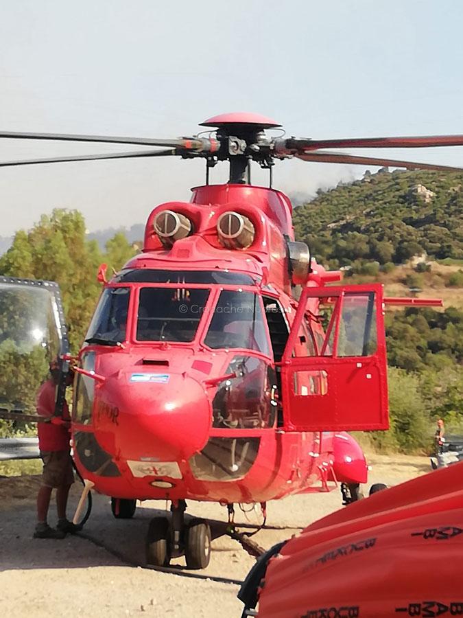 L'elicottero del Corpo Forestale (f. Emilio Zola)