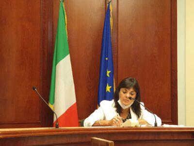 Il senatore Elvira Lucia Evangelista