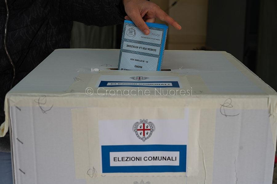 In Sardegna vince l'astensione: il 40% degli elettori snobba il voto