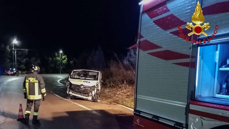 Il furgone dopo l'incidente