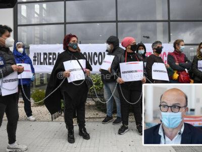 La protesta degli oncologici e l'assessore Nieddu