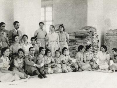 Lavoranti del pastificio Guiso Gallisai (Nuoro, 1941)