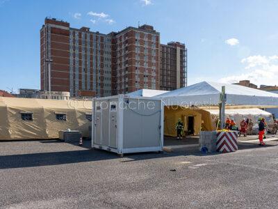 L'ospedale da campo montato al San Francesco di Nuoro (foto S.Novellu)