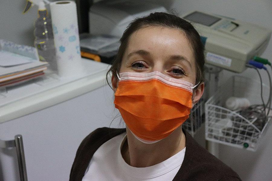 La beffa delle mascherine di stoffa: non difendono da Covid, lo mostrano i dati