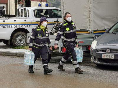Bitti, approvvigionamento idrico dopo l'alluvione (© foto S.Novellu)