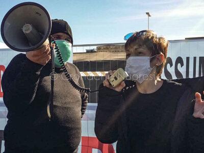 Nuoro, protesta dei malati oncologici al San Francesco ( foto S.Meloni)