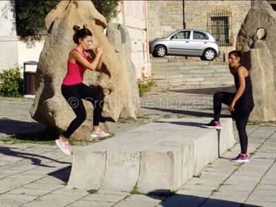 Un momento dell'allenamento in piazza Satta (foto S.Novellu)