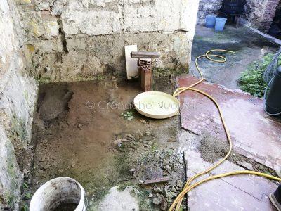 Perdita d'acqua a Oliena