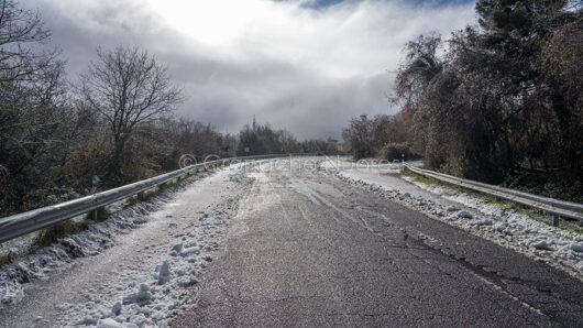 Il monte di Sant'Antonio nevicato (foto S.Novellu)