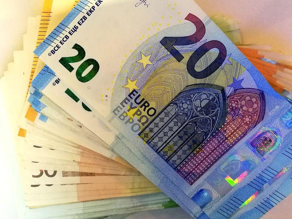 Nuove norme europee. Kruk: quattro regole per non indebitarsi