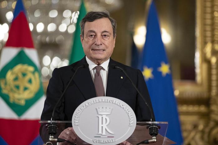 Governo. Stasera una riunione alle 19.00 tra Draghi e ministri: si accelera sul Dpcm
