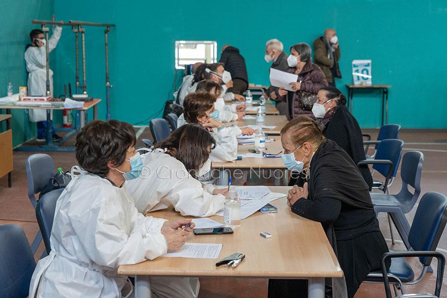 Vaccini. La Sardegna taglia il traguardo di 1 mln di dosi somministrate