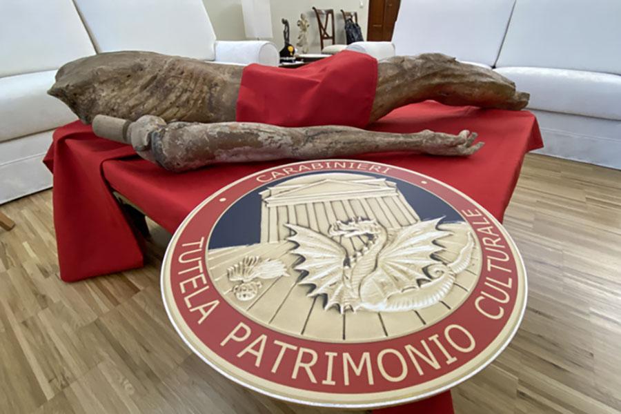 Recuperato in Toscana un Cristo ligneo rubato 30 anni fa in una chiesa di Galtellì