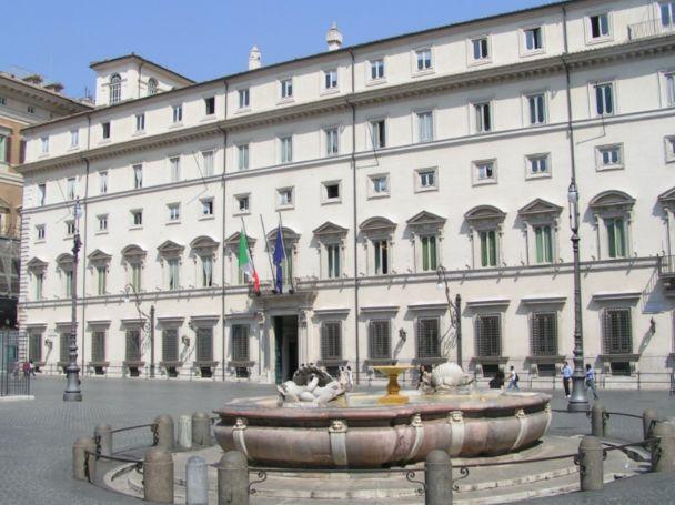 Cdm, via libera al dl anti-Covid: L'Italia rimane rossa e arancione per tutto aprile