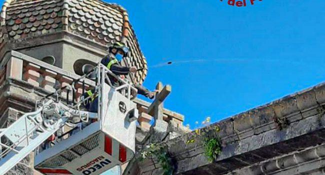 Ghilarza, l'intervento dei Vigili del fuoco nella chiesa dell'Immacolata