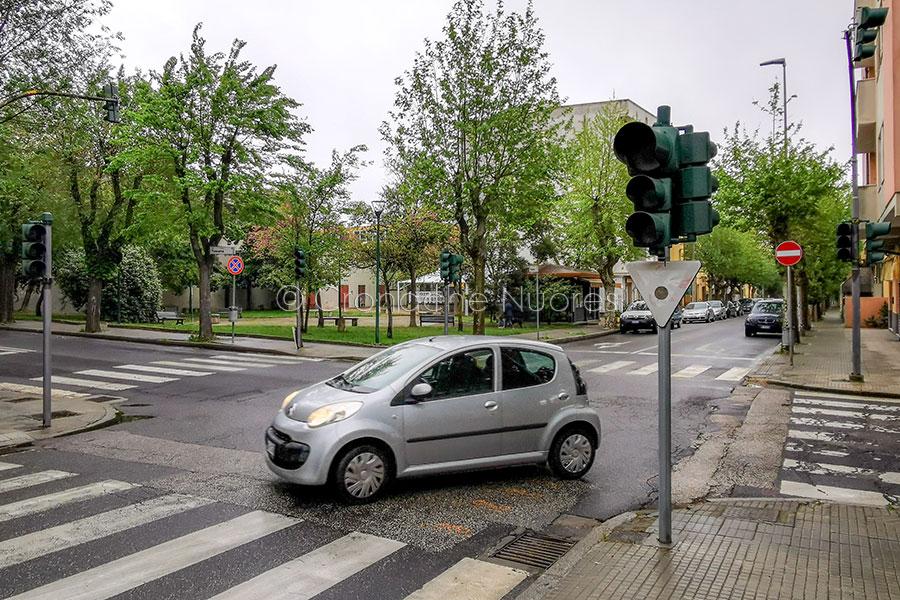 Nuoro. Per l'ennesima volta semafori in tilt in via Toscana