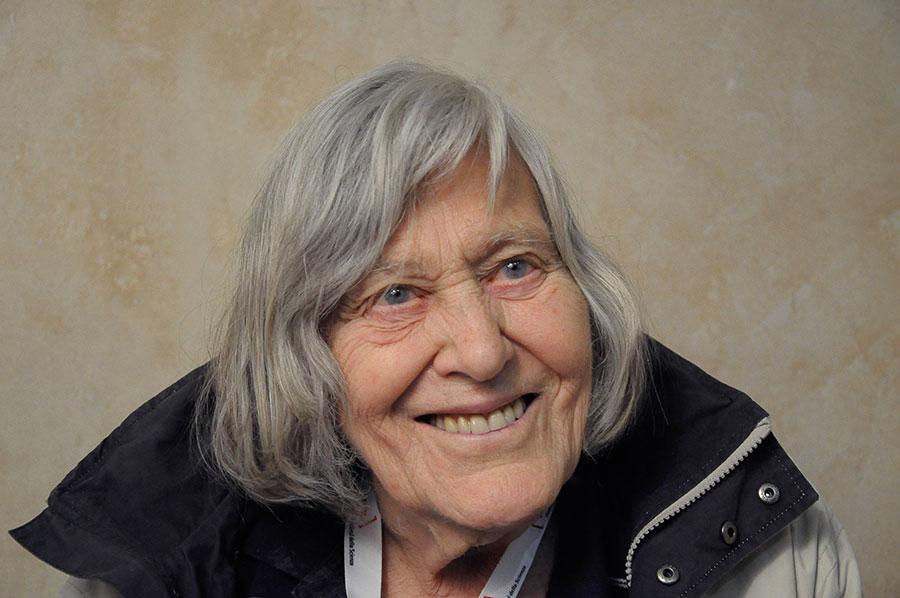 Macomer. Roberta Balestrucci racconta in un libro l'astrofisica Margherita Hack