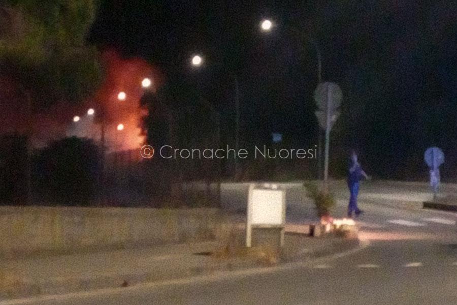 Nuoro. Incendio nella notte a Badu 'e Carros