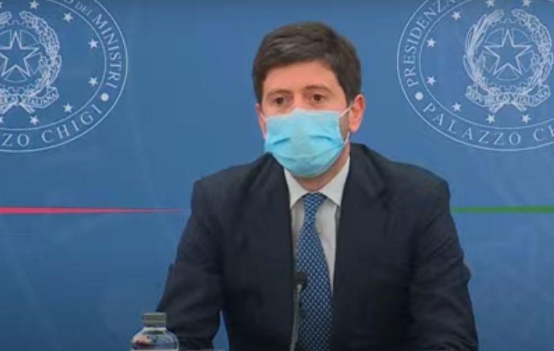 """Vaccini anti Covid. Speranza: """"Non abbiamo paura di disporre obbligo se necessario"""""""