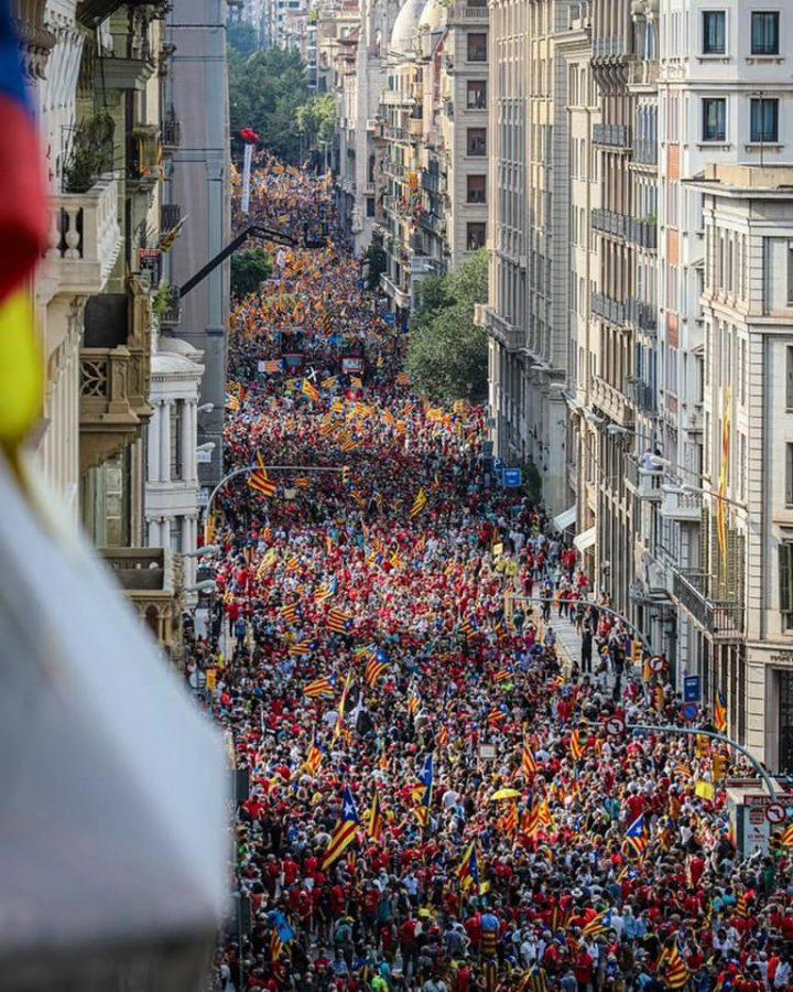 Manifestazione indipendentista in Catalogna