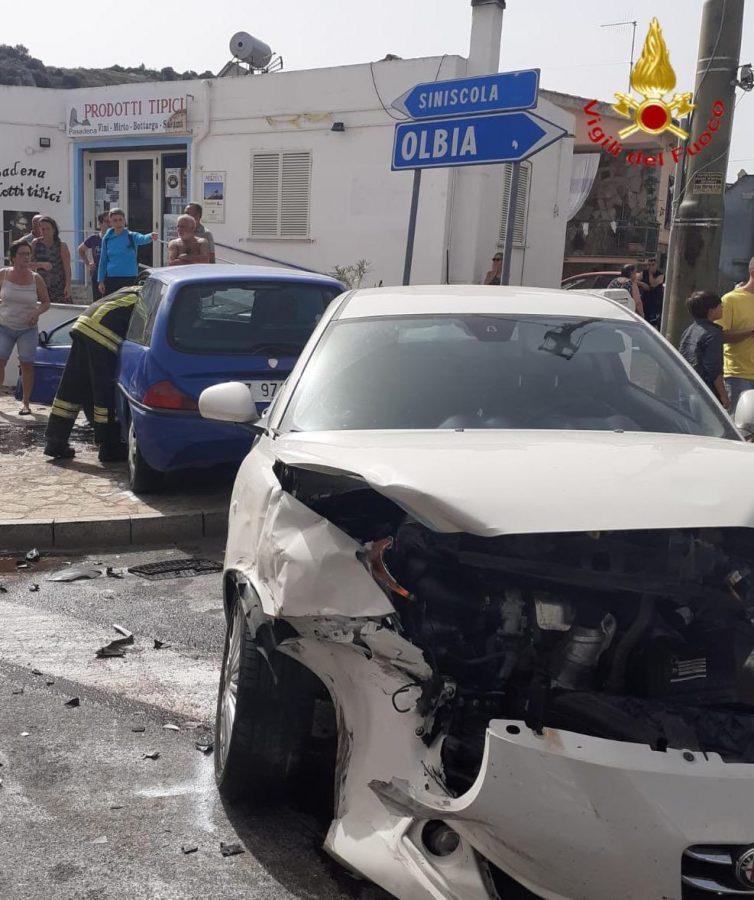 Una delle auto coinvolta nell'incidente