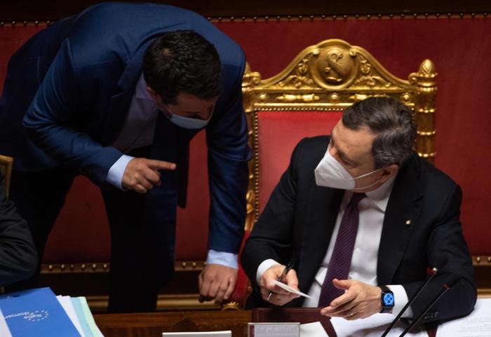 """Salvini: """"La casa non si tassa"""". Draghi: """"La riforma del Catasto non è una patrimoniale"""""""