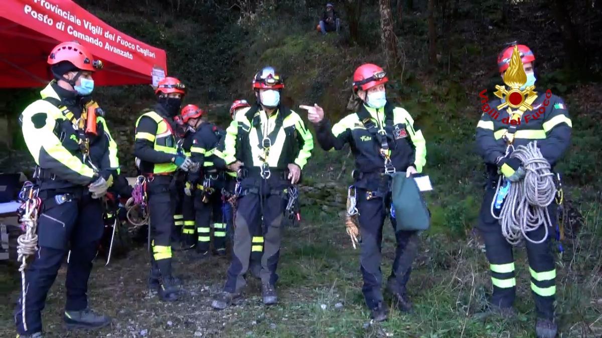 L'esercitazione - addestramento dei Vigili del fuoco nella miniera di Reigraxius a Domusnovas